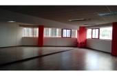 Sala de 70 m2.