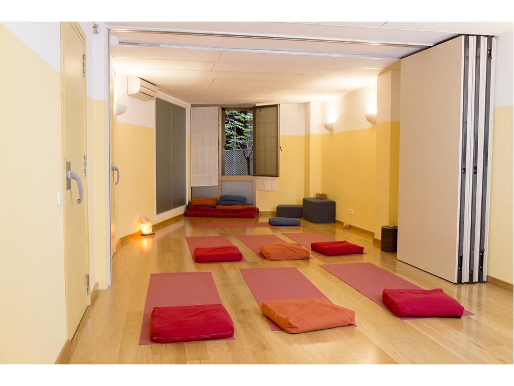 Salas de masajes terapias yoga y actividades - Salas de meditacion ...