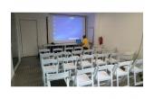Sala de presentaciones y conferencias
