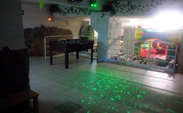 Zona para bailar con proyector