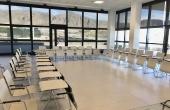 Sala de conferencias. Montaje en U