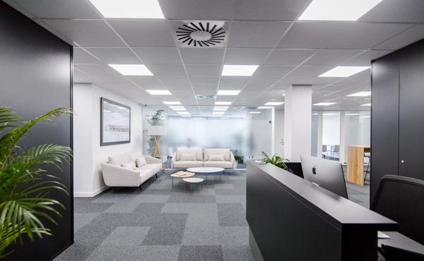 Mitre Workspace 126
