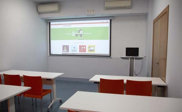 Sala de formación y reuniones  Coworking Studio