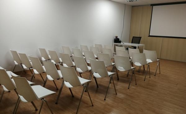 Formación con sillas